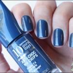 T18 Un Bleu Pétrole – Bourjois