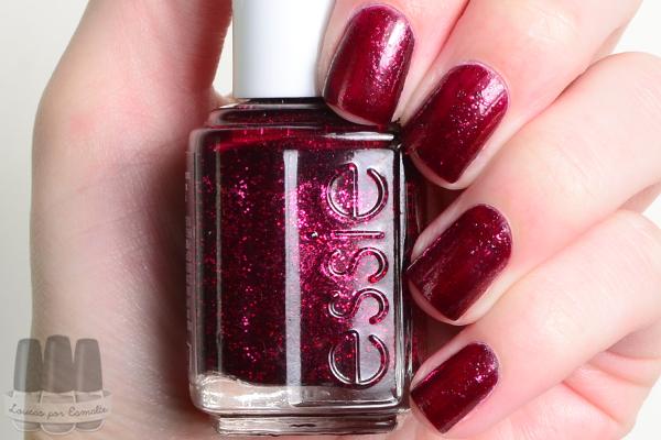 Essie Toggle to the top esmalte vermelho glitter