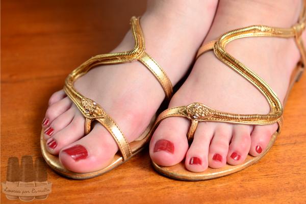 crepes suzi ette esmalte marrom pés sandália arezzo
